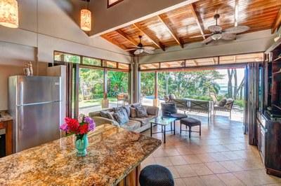 Casa Flores, Escaleras, Dominical (5)-700.jpg
