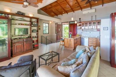 Casa Flores, Escaleras, Dominical (9)-700.jpg