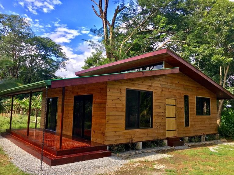 Casa Pura Vida: House For Sale in Uvita