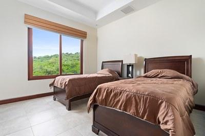 Hermosa del Mar 2-6C_Third Bed