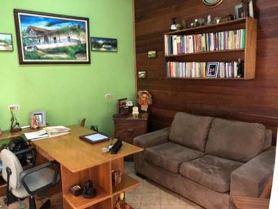 8- Office.jpg