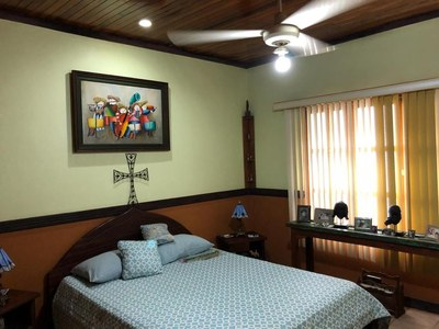 10- Main room.jpg