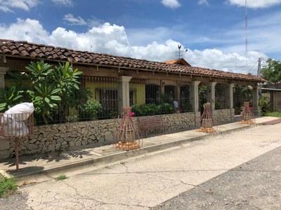 1 House (2).jpg