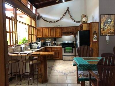2- Kitchen (1).jpg