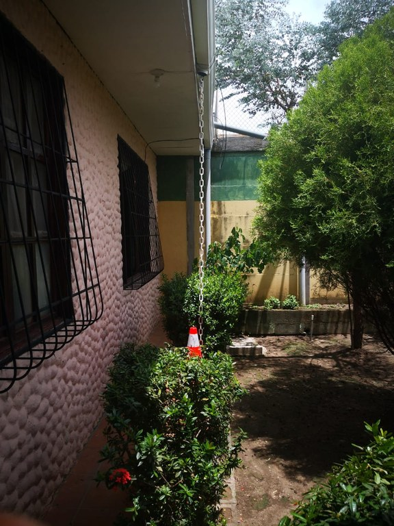 Papaya: House For Sale in Liberia