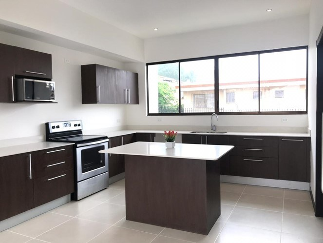 Excellent Opportunity 2 bedroom modern apartment Guachipelin