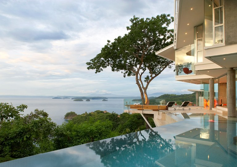 Casa Ron Ron: Outdoor Sanctuary with Stunning Ocean Views
