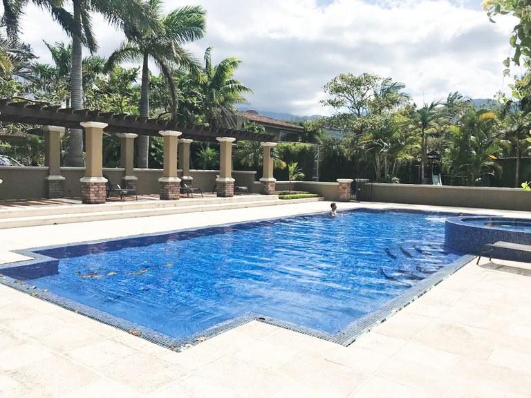 House in Condominium for sale in Hacienda del Sol Santa Ana