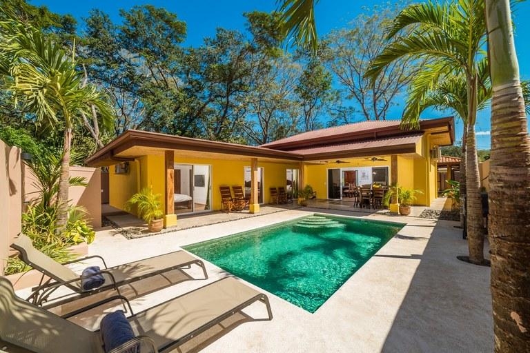 Casa Guanacaste: Delightful 3 Bedroom Home For Sale in Surfside Estates