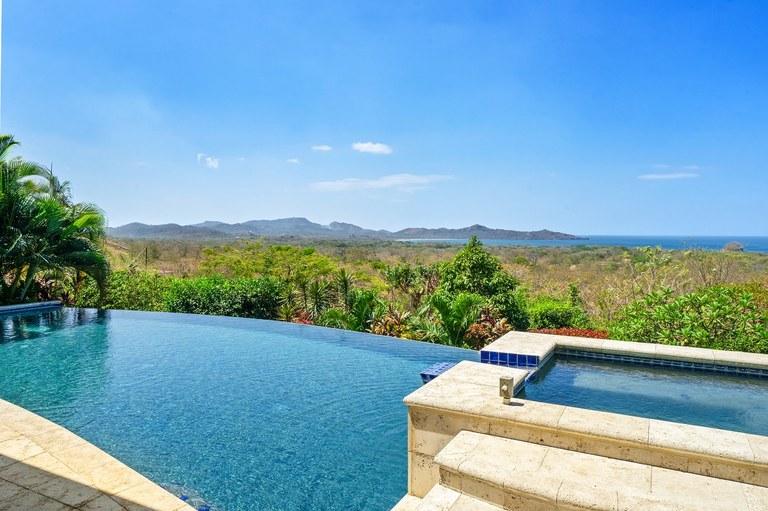 eab4f917f741f Villa Mar Vista  Custom Built Ocean View Home!  Se Vende Casa Cerca del Mar  y en la Montaña en Playa Flamingo