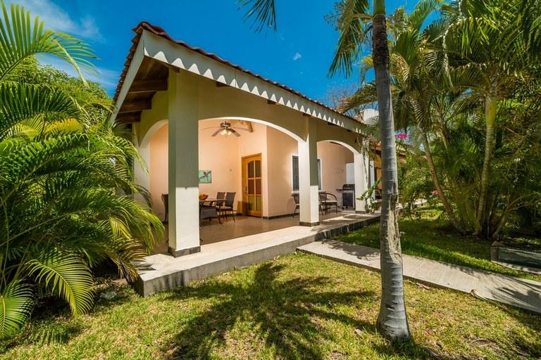 e7107ac7a6cb8 Villaggio Sueño al Mar Unit 22  Se Vende Condominio Cerca del Mar en Playa  Potrero
