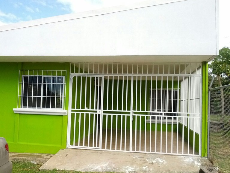 Casa Limón: House For Sale in Bagaces