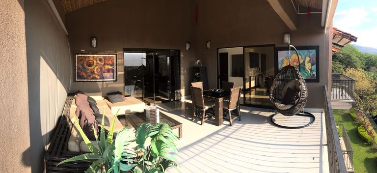 Apto 92 de Vía Nova: Mountain Condominium For Sale in Santa Ana