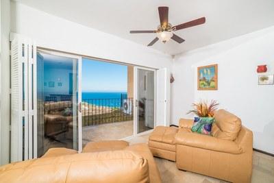 Corona del Mar C10_Living Room
