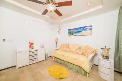 Corona del Mar C10_Third Bed