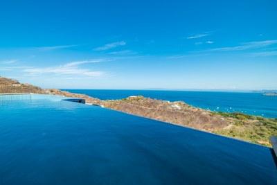 Corona del Mar C10_Pool