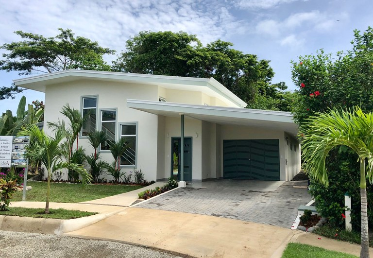 NEW CONSTRUCTION~ Contemporary Beach House in Uvita,.23 Acres: Near the Coast House For Sale in Uvita