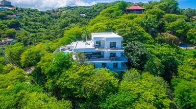 Casa Islana_ Exterior Front