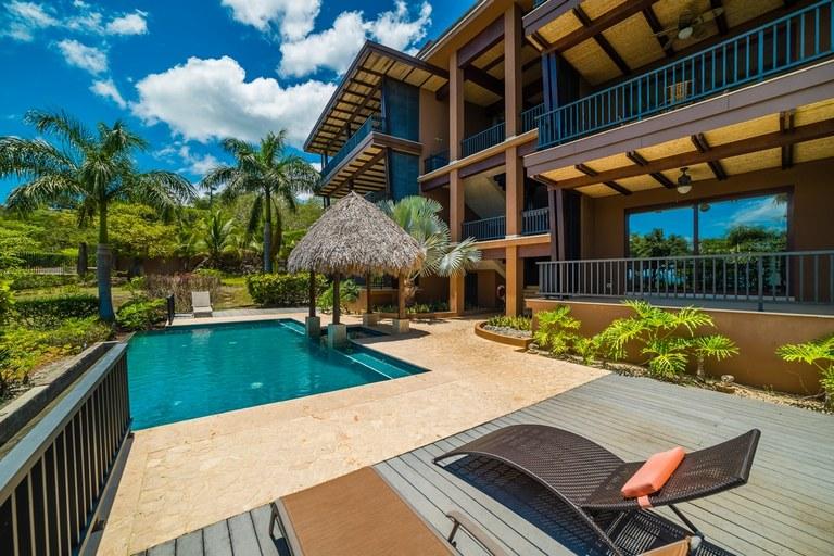 Azul Paraíso 1C: Luxury Condo in Paradise