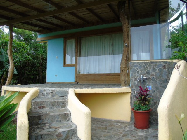 Country Cottage on 1 Acre: Nature Wonderland With Protected 80 acre Jungle Bordering