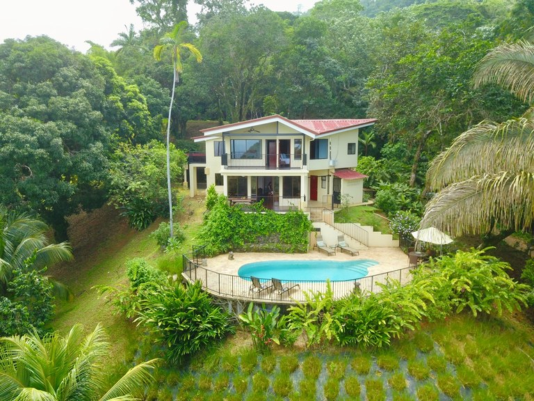 La Rosa Amarilla-Affordable Ocean View 4 bedroom in Ideal Location: Mountain House For Sale in Escaleras