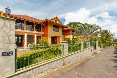 Mountain House For Sale in Alajuela