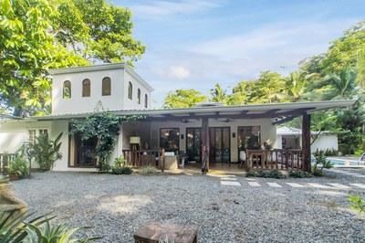 4062 - Ojochal Chic House 38.jpg