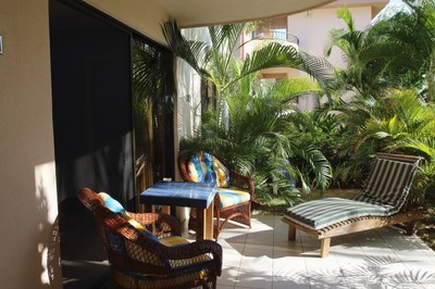 9- Condo in Coco Beach - Patio area - RS1900534.JPG