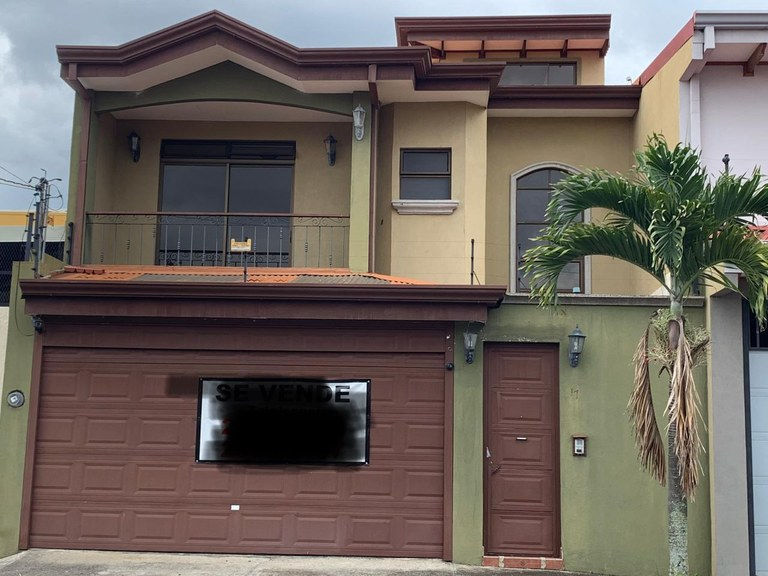 House For Sale in San Pablo