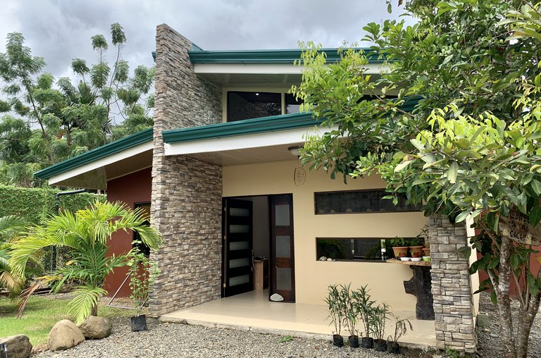 Near the Coast House For Sale in Uvita