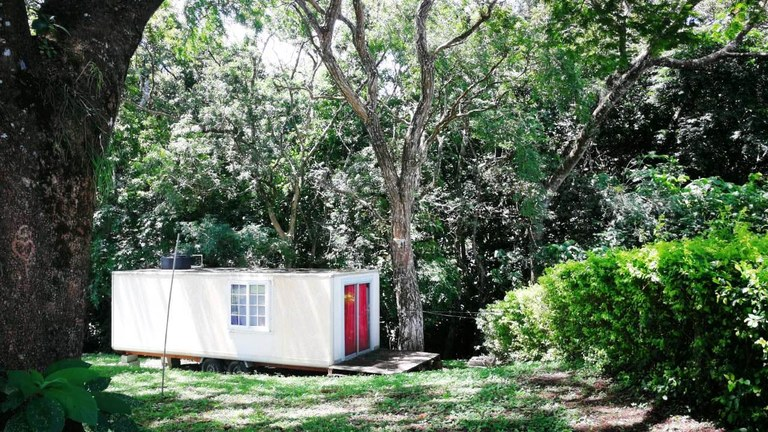 Tiny House: BARGAIN: small house, small lot, small price