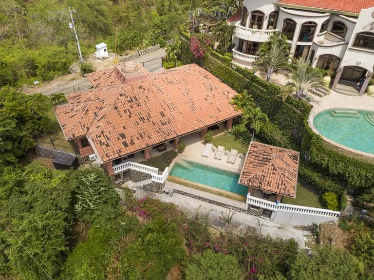 Casa Rosa: Luxury Ocean view home in Flamingo south ridge