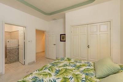 Casa El Paraiso guest bedroom 1