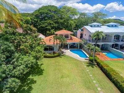 Casa El Paraiso aerial front