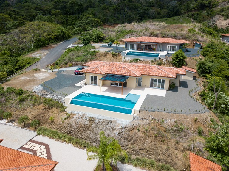Dos Rios 26: Brand New Ocean View home in Gated community