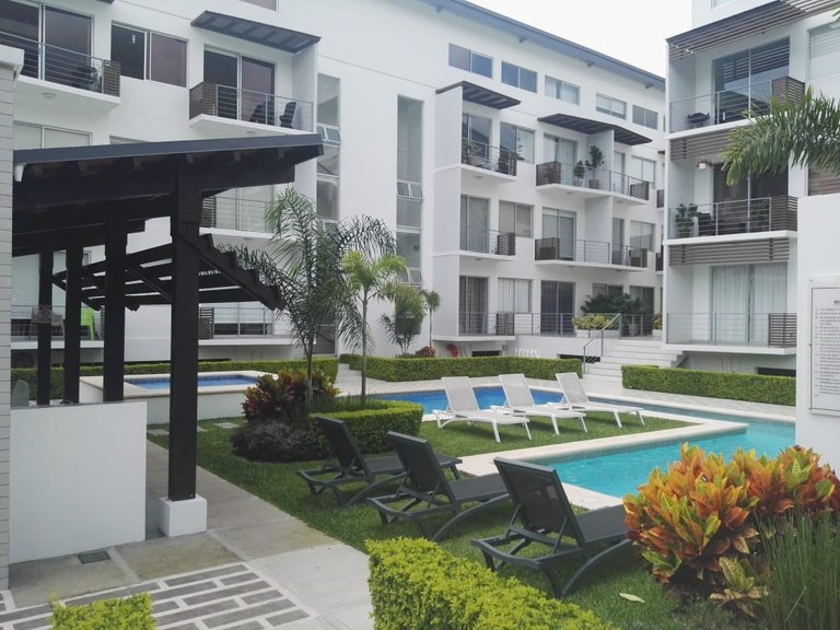 Condominio Novaloft: Apartment For Sale in Santa Ana