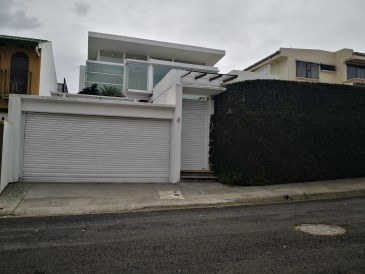 House For Sale in Curridabat