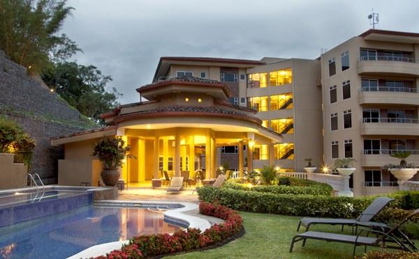 Condominio Valle Arriba: Apartment For Sale in Escazú