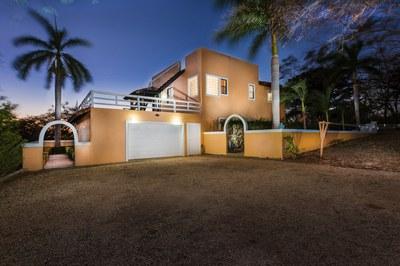 Casa Avellanas