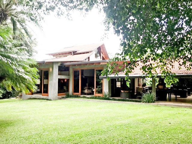 Stand Alone House for Sale Escazu Jaboncillos Beautiful Garden