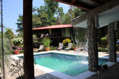 The pool with waterfall at Casa Nené on the Osa Peninsula