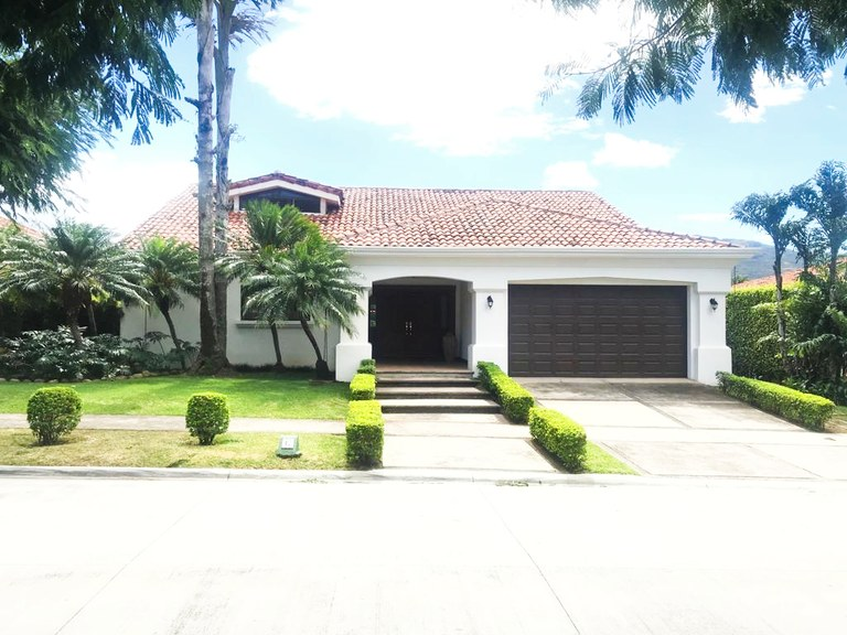 House for Sale Bosques de Lindora Santa Ana