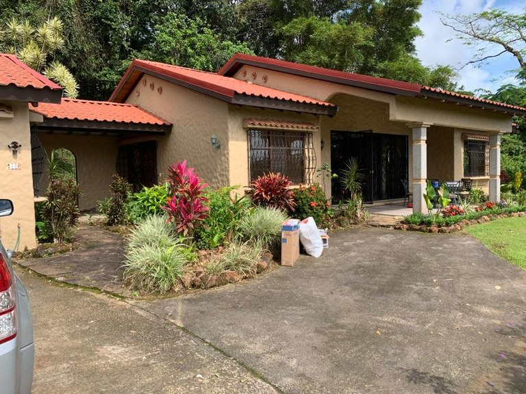Tranquil/Secure/No HOA fees/Gated Community/Lake View Home