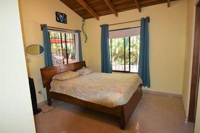 Casa MangoandBanana_CheaphomesinCostaRica_bedroom.jpg