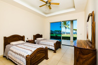 10_KRAIN_3Bed 3.2 Bath Beachfront Condo_Villa Ballena_Playa Potrero.jpg