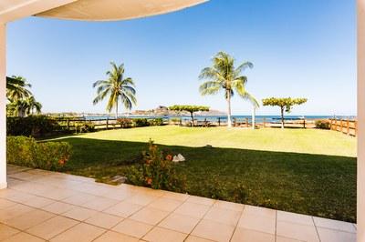 14_KRAIN_3Bed 3.2 Bath Beachfront Condo_Villa Ballena_Playa Potrero.jpg