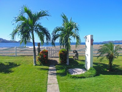 13_KRAIN_2 Bed 2 Bath Beachfront Condo_Sandys Dream_Playa Potrero.jpg