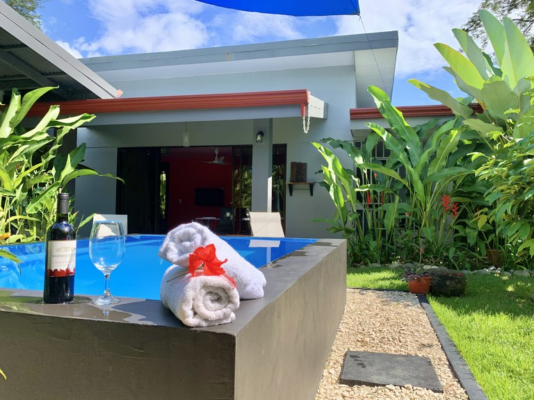 Uvita Beach House, Two Suites and a Pool