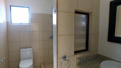Bathroom 2 Condo Pozos Santa Ana .jpg