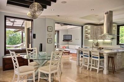 villa_serena_living_dining_room.jpg